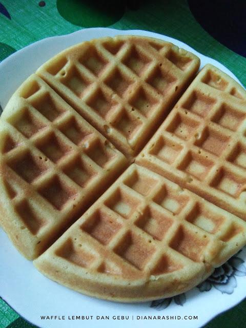 waffle paling sedap dan gebu