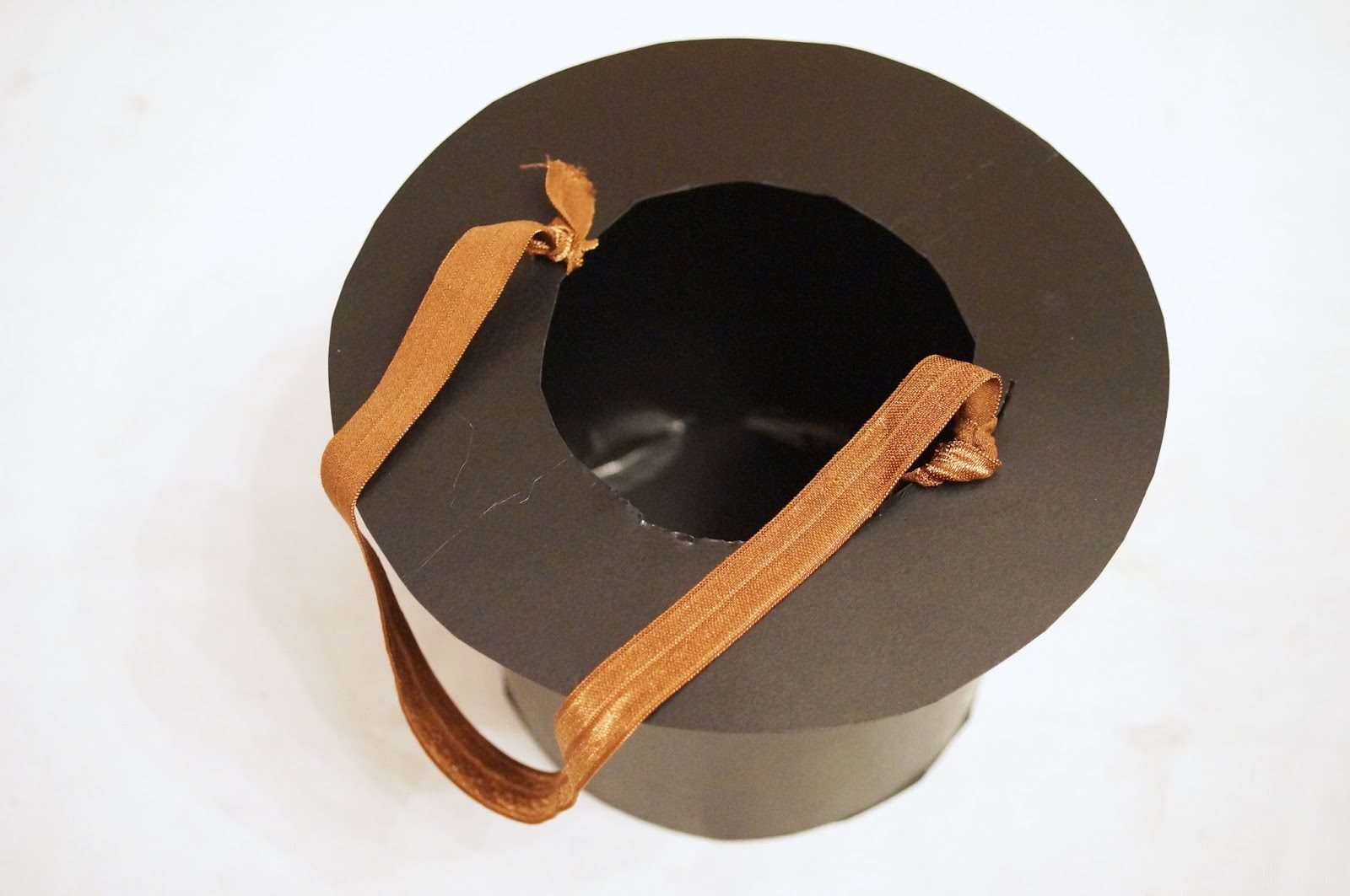 DIY Top Hat Tutorial - Click through for step by step instructions