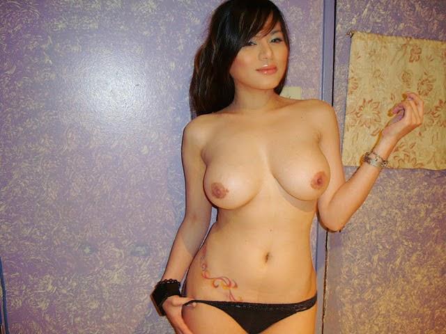 Bridget Suarez Nude Photos