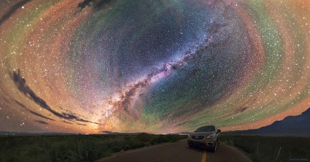 Những dải khí phát sáng đầy màu sắc quanh dải Ngân Hà. Hình ảnh: Xiaohan Wang.