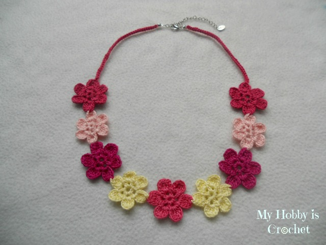 Flower Necklace Hawaiian Dream - Free pattern with tutorial