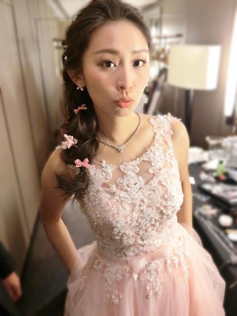 不凋花及蝴蝶結側邊造型 | Elsa髮型 | 粉紅色禮服 | 側邊造型