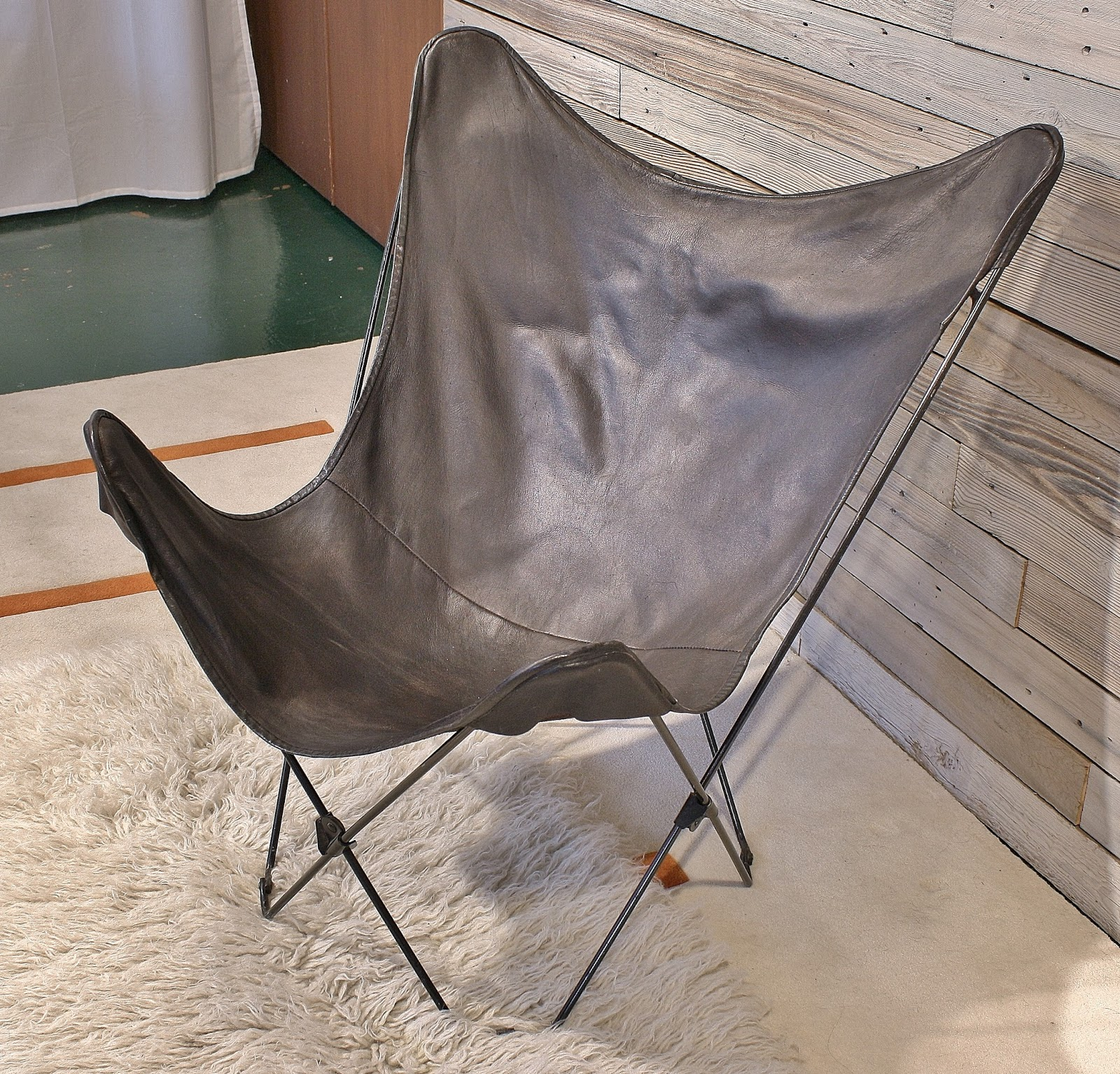 Modwerks Vintage Folding Leather Butterfly Chair