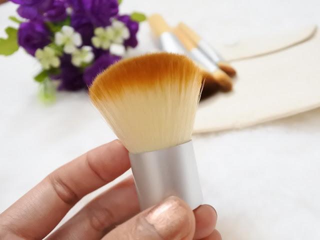 Make Up Brush Untuk dibawa Travelling