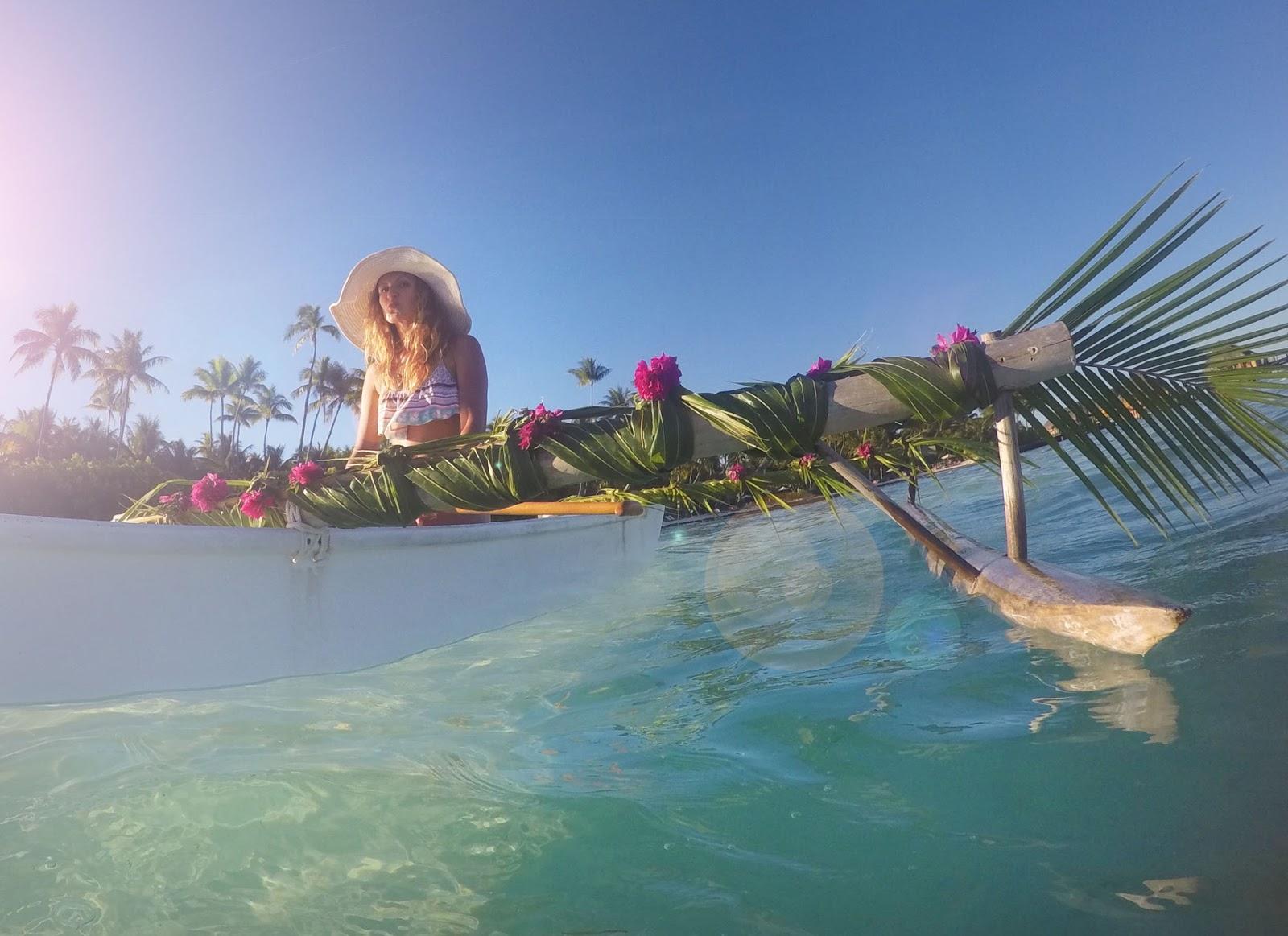Bora Bora kanoeing