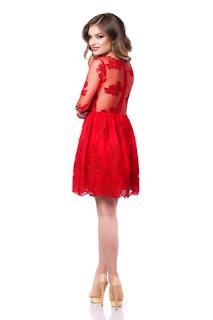 rochie-rosie-din-dantela-3