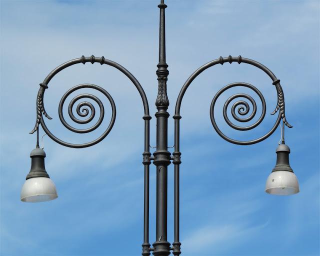 Cast iron lamp post, Piazza Santa Croce, Florence