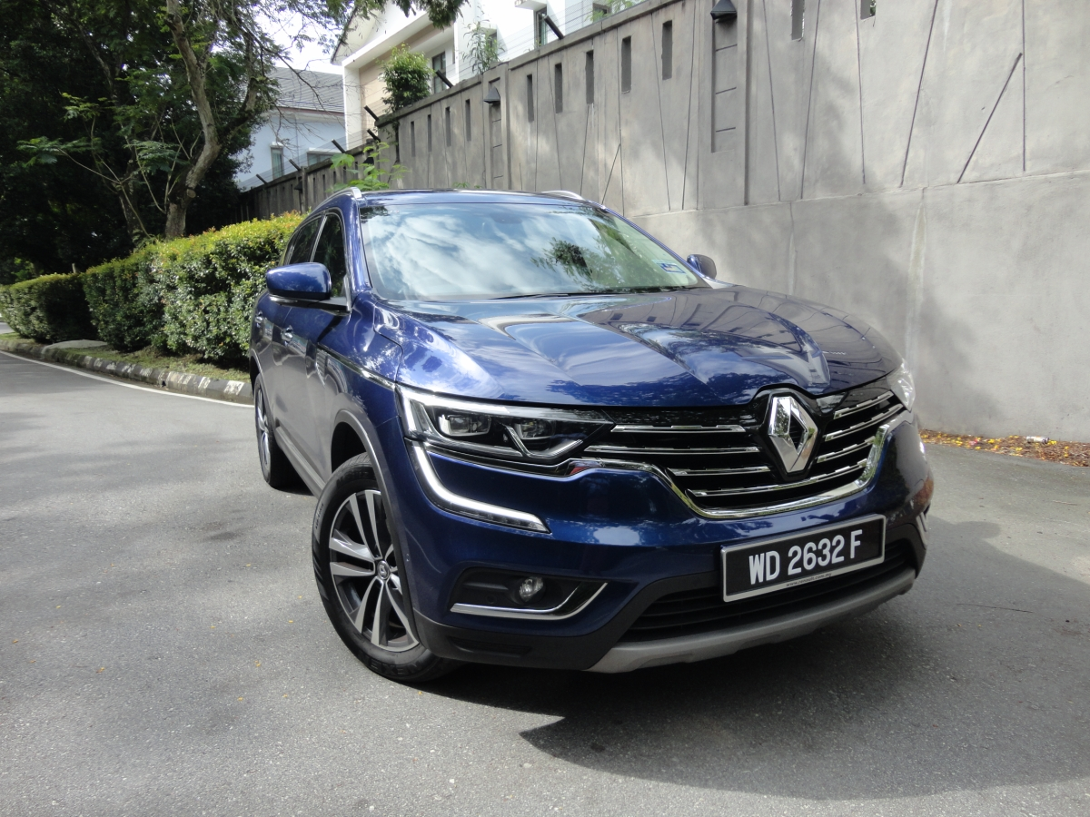 motoring malaysia test drive the renault koleos 2 5l renault goes upmarket with this classy suv. Black Bedroom Furniture Sets. Home Design Ideas