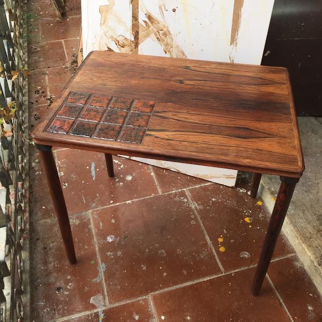 mesa de apoio, pau santo, design nórdico, vintage, anos 70