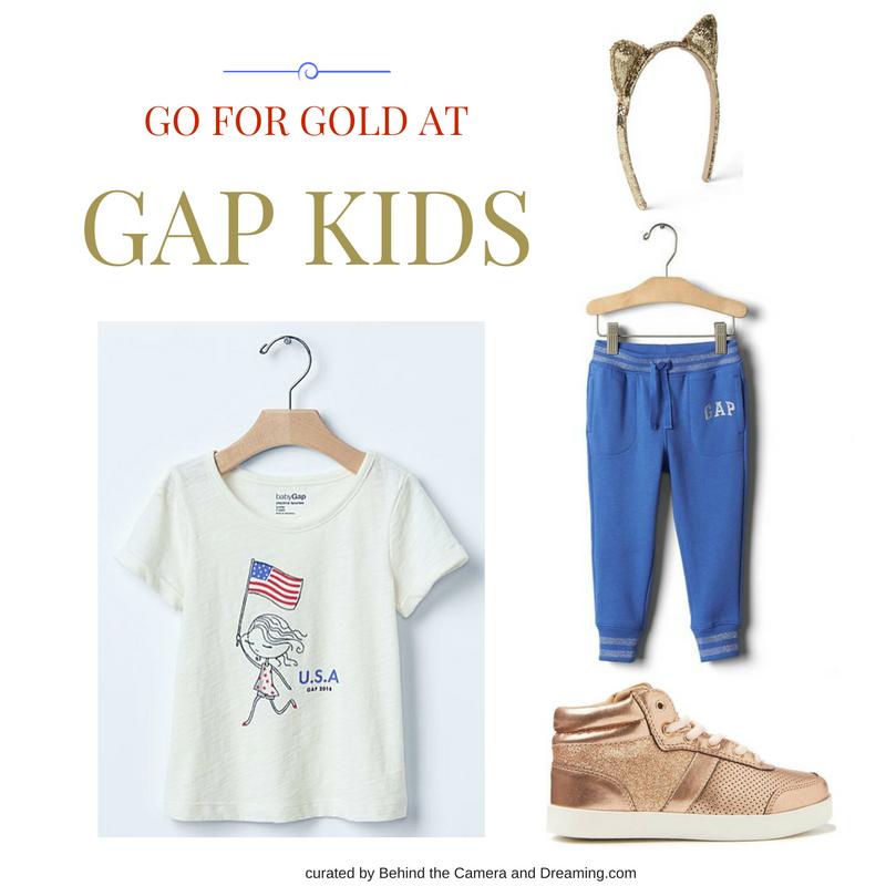 GIRLS GOING FOR GOLD Fashion layflat