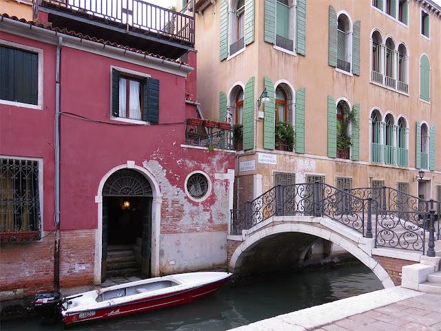 Ponte Giustinian, Giustinian Bridge, Rio de San Vidal, San Marco, Venice