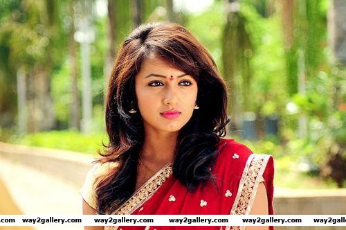 tejaswi madivada photo gallery and tejaswi madivada hot gallery 14
