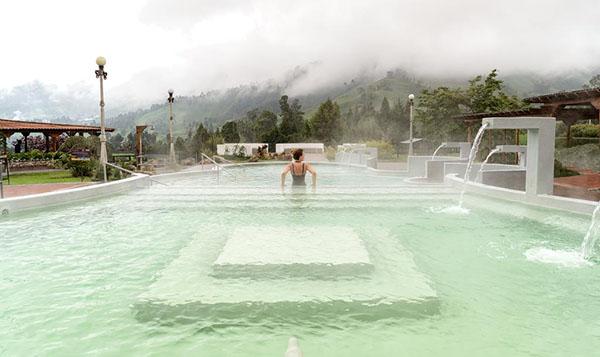 lugares-mundo-chapuzón-Booking-turismo-hoteles-destinos-viajes-Colombia