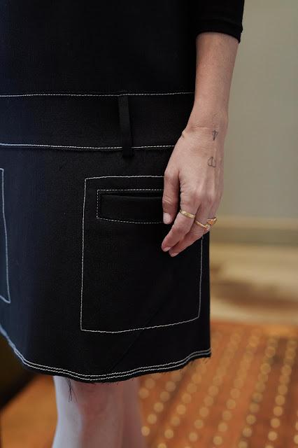 פרט משמלת הסרפן של קולקציית הסטודיו של H&M שצילמה נטלי זירקר