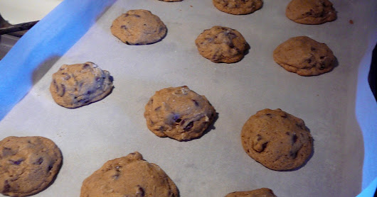 Deliscious Soft Chocolate Chip Cookies Made with HONEY.