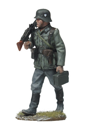 figura escala 1/30 pintada tirador MG 42