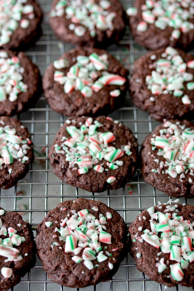 Chocolate Peppermint and Chocolate Chip Cookies #cookies #peppermint #chocolate