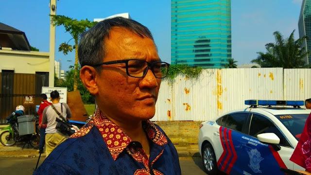 Rumah Di Lampung Digeruduk, Andi Arief: Kenapa Saya Hendak Diperlakukan Sebagai Teroris?