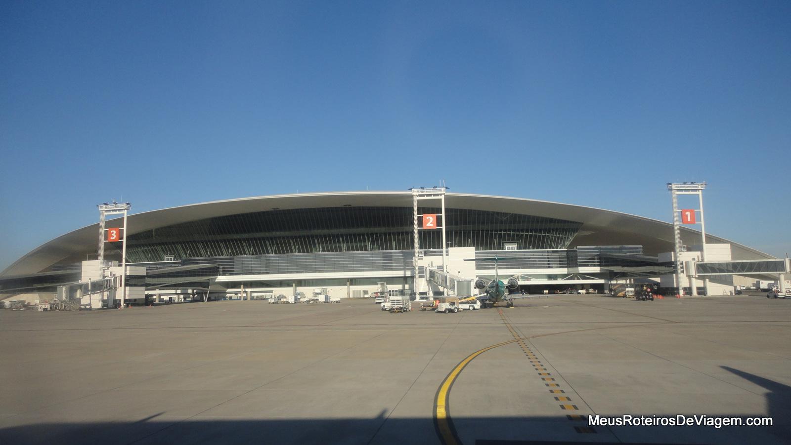 Aeroporto Do : Conheça o melhor aeroporto do mundo que tem cinema jardins e até