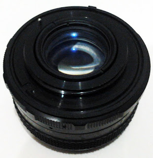 fujinon 50mm f/2.2 tampak belakang