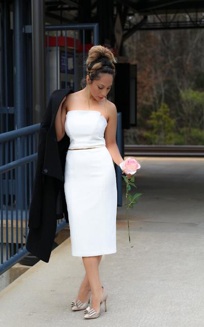 Strapress  midi white dress
