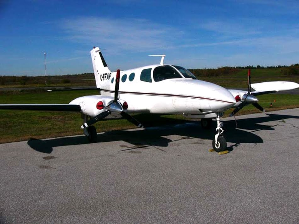 Cessna 402C from