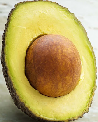healthy-ripe-avocado-health-benefits-lose-weight