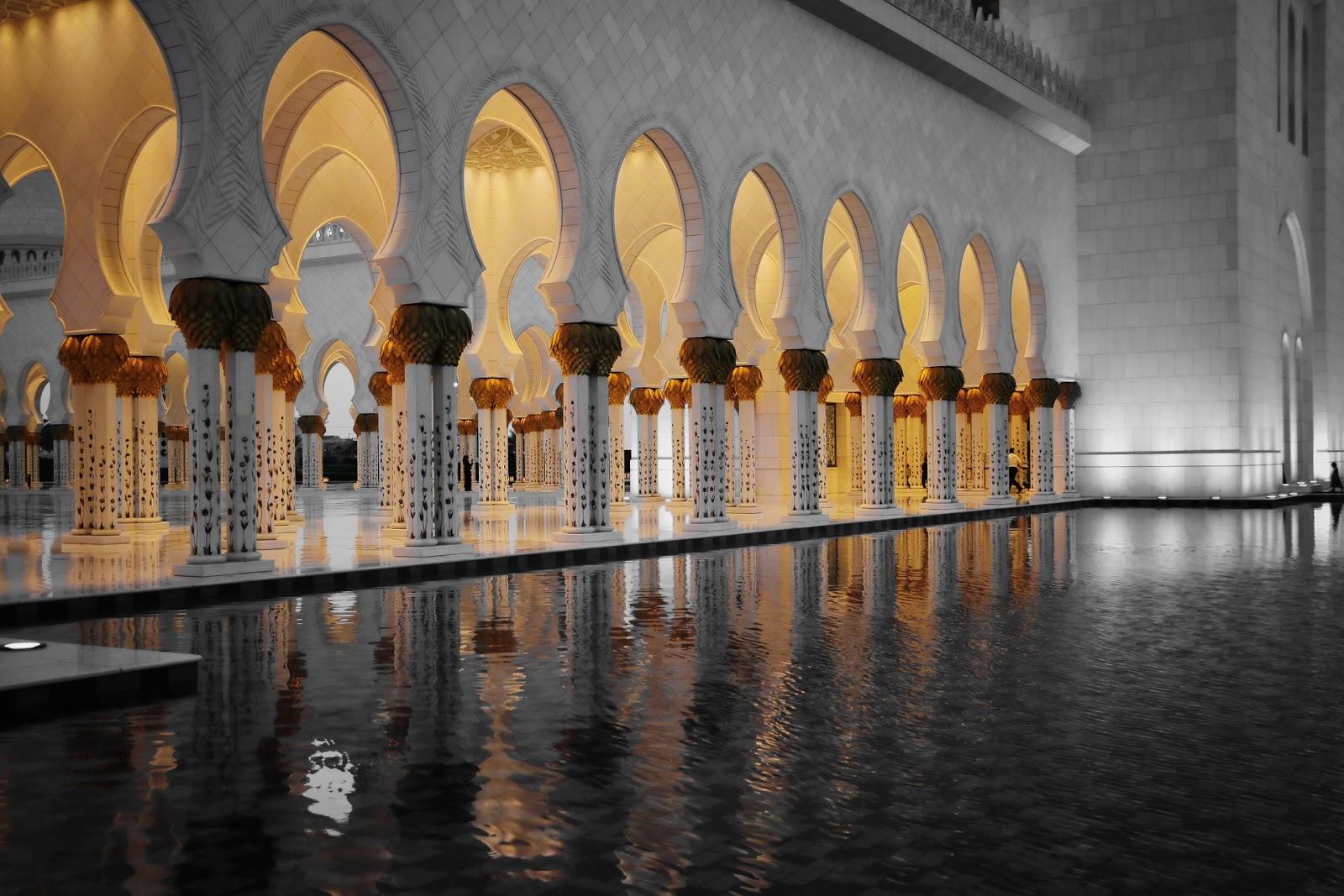 アブダビのシェイク・ザイード・グランド・モスク