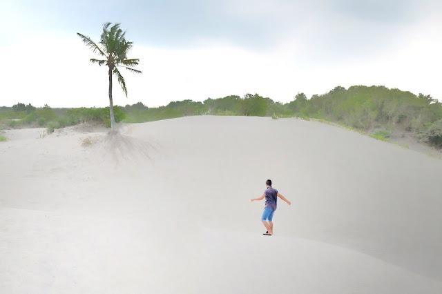 sandboarding Gumuk Pasir Parangkusumo