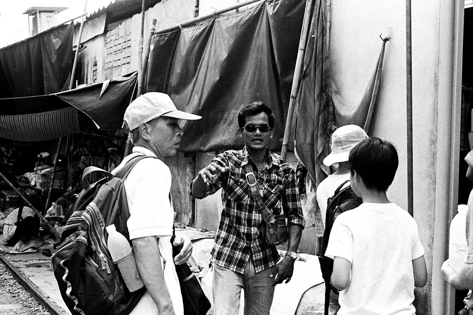 3738 032 闖蕩東南亞遊記(四):「媽媽」帶我遊鐵路、看水上市場