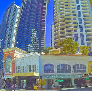 Starbucks Coffee Shop  Surfers Paradise Blvd
