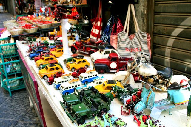 Spaccanapoli, Napoli, modellini auto, arigianato, esposizioni