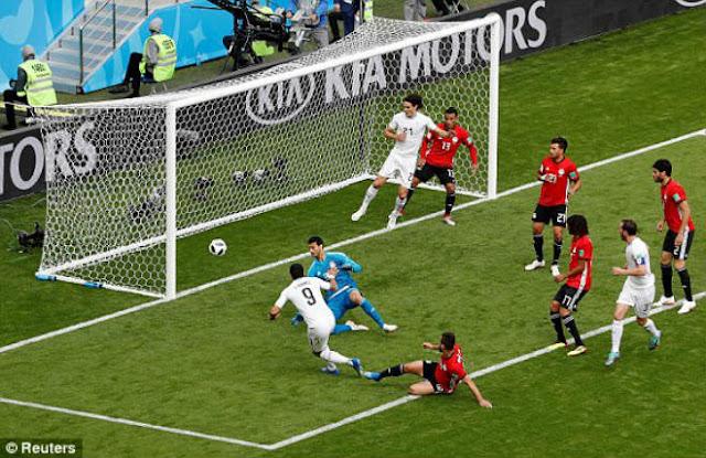 Video Ai Cập – Uruguay: Siêu sao bất ngờ, rực sáng phút 89 (World Cup 2018) 1