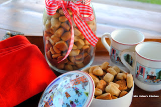 Gifts From Miz Helen's Kitchen   from Miz Helen's Country Cottage