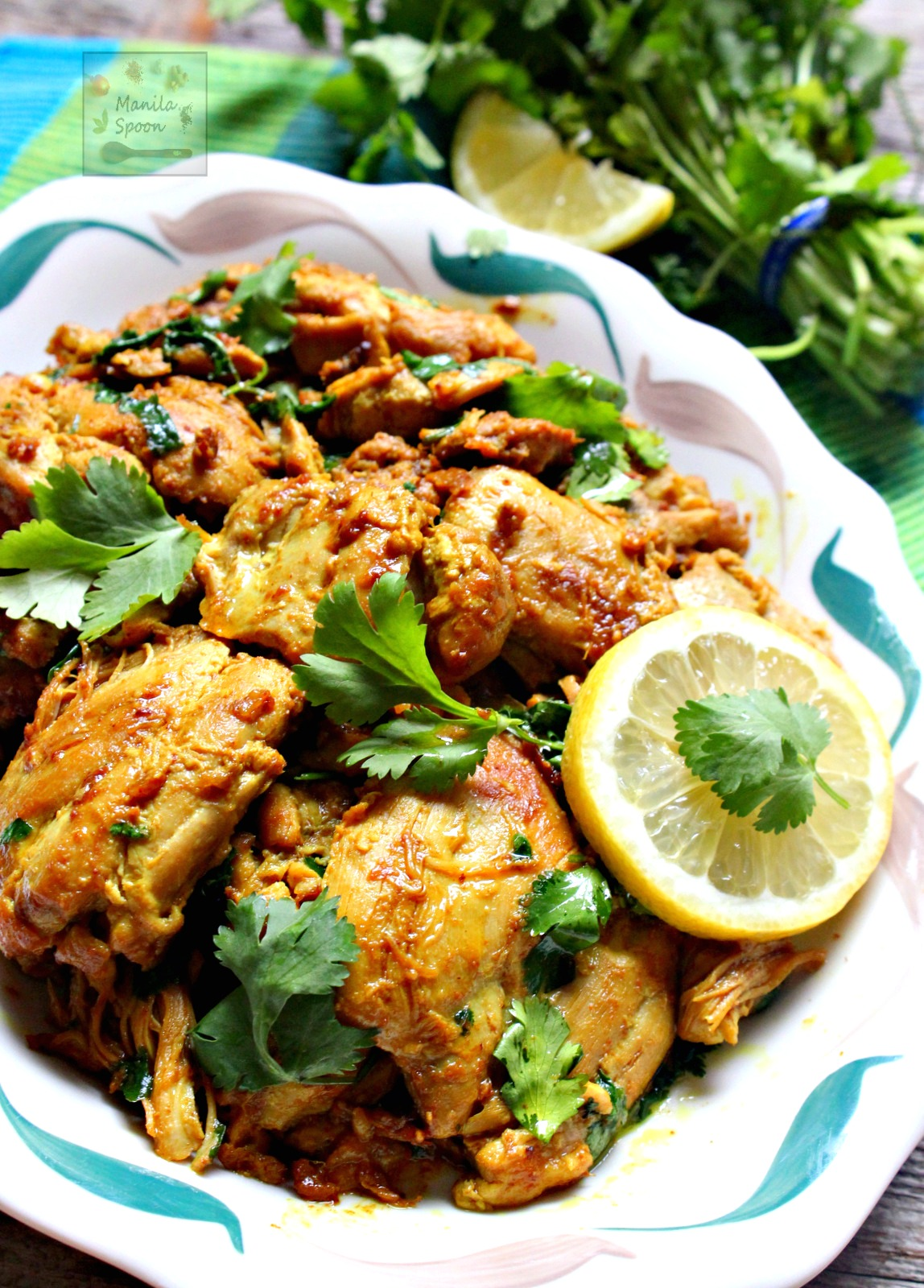 Fresh lemon juice, aromatic spices and herbs add so much flavor to this succulent chicken dish. Easy and delicious option for a weeknight family meal! Lemon Cilantro (Coriander) Chicken | manilaspoon.com