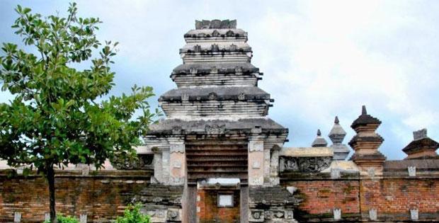 Kerajaan-Kerajaan Hindhu-Budha di Indonesia