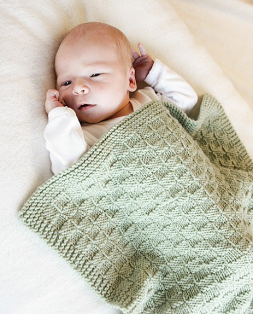 Little Things (Knitted blanket with texture for baby) - Free Pattern