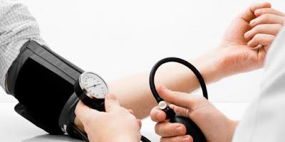 Sebagian besar orang lebih peduli terhadap penyebab darah tinggi dibandingkan dengan penye Penyebab Darah Rendah dan Gejalanya