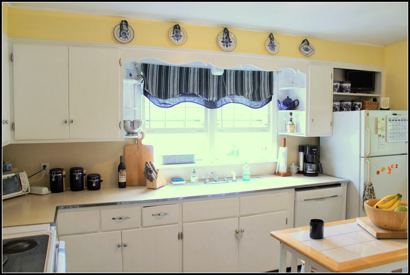Small Kitchen Colour Kitchen Cabinet Painting Ideas Corner Kitchen Cabinet Painting