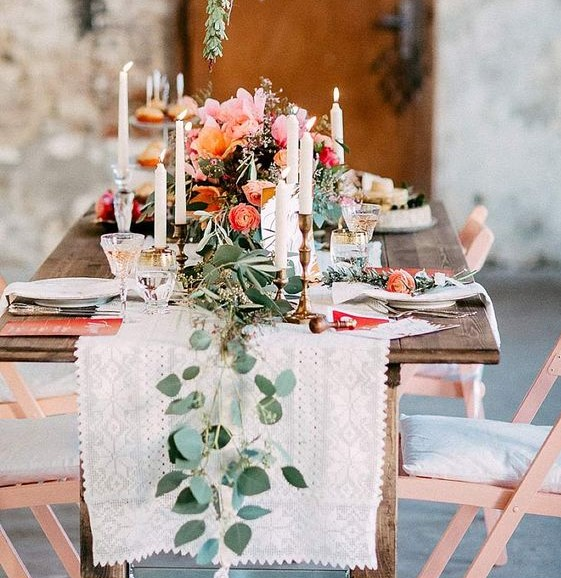 Ślub w stylu Boho, Wesele Boho, Wesele w stylu Boho, Ślub Bohemian, Planowanie ślubu w stylu Boho, dekoracje ślubne boho, ekoracja ślubu w plenerze, Miejsce na ślub i wesele, ślub w stodole, Wesele pod namiotem, wesele pod namiotem, wesele w stodole