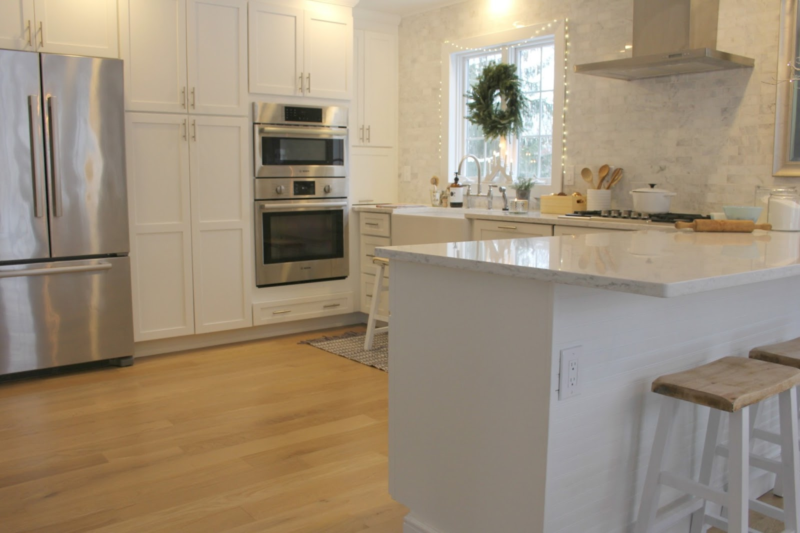 Hello Lovely Studio white kitchen