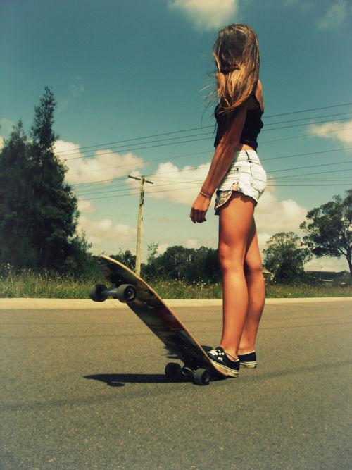 Skater babe