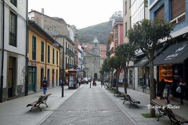 Calle Médico Rafael Fernández Uría de Cangas del Narcea