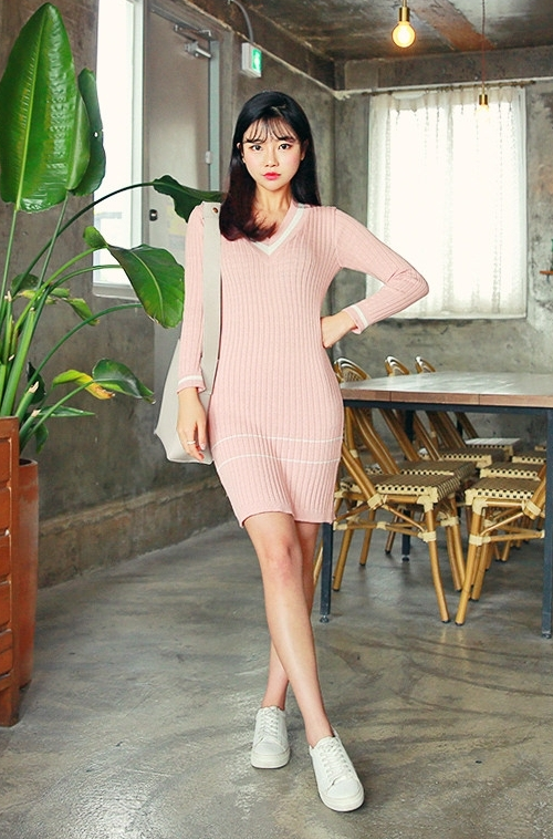 Striped V-Neck Ribbed Slim Fit Dress