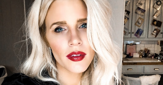 the perfect holiday red lip with clarins