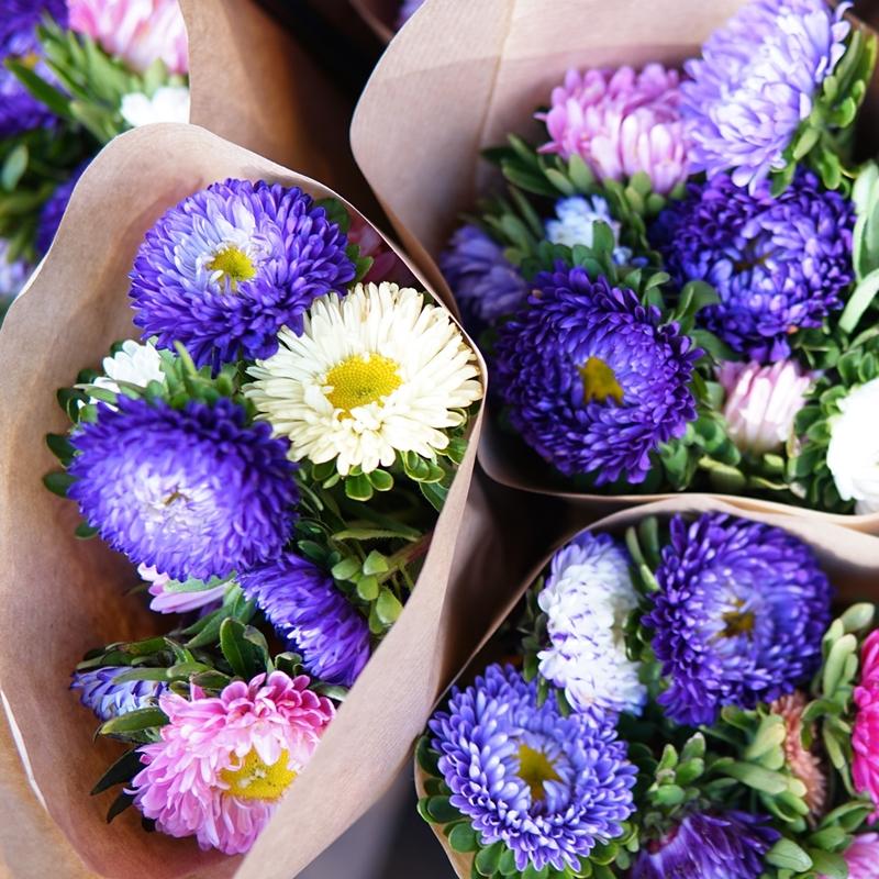 kukat, sinivalkoinen