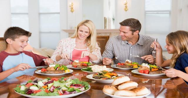 etika makan, kuliner, sopan santun di meja