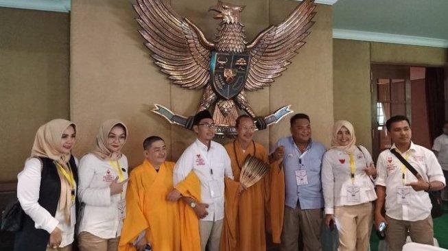 Identitas 2 Biksu Yang Hadiri Kampanye Akbar Prabowo Terkuak, Aduh Apa Tidak Punya Malu Yah ?