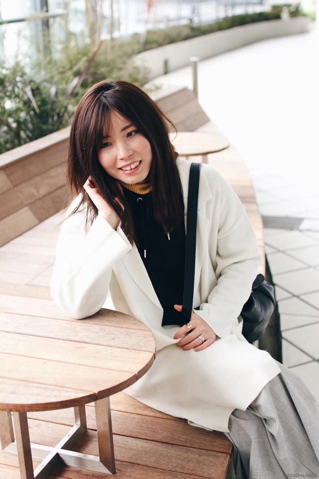 日本人ファッションブロガー,Mizuho K,2017,0218今日のコーデ,GU ホワイトコーディガン、ブラックフーディー、グレーワイドパンツ,UNIQLO-イエロータートルネックニットセーター,EMODA-スリッポン,ストリートスタイル、カジュル、楽ちんコーデ