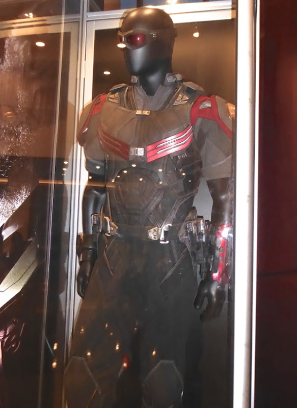 Falcon costume Captain America Civil War